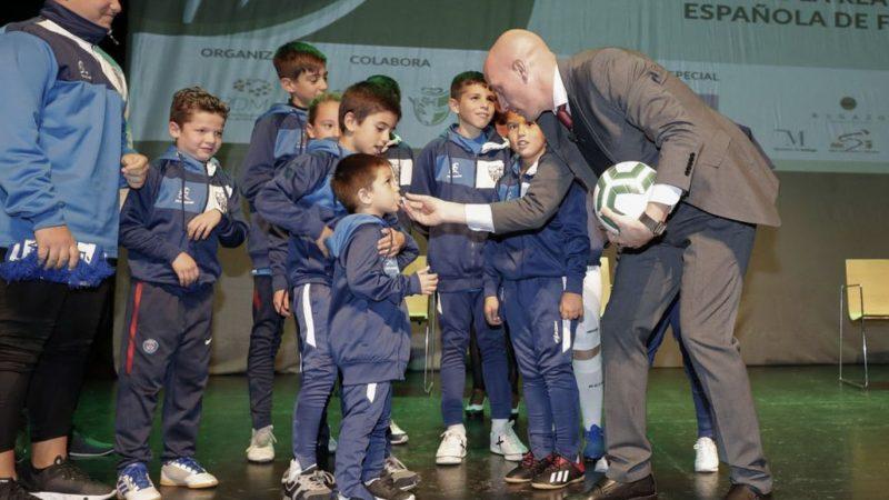 El fútbol malagueño acompañó a Luis Rubiales en Málaga