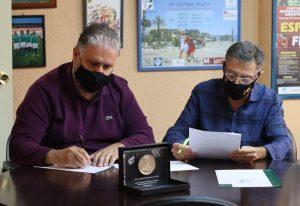 Acuerdo APDM y delegación malagueña de la Rfaf. Fuente: Deseada Tejera/APDM