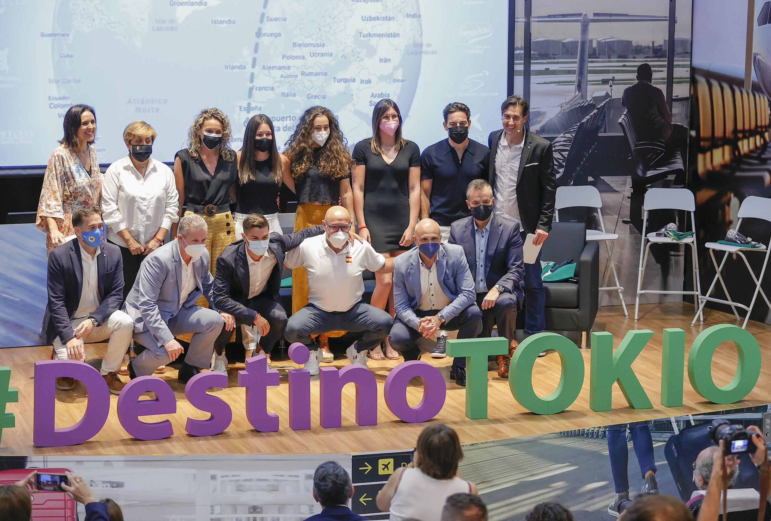 """Damián Quintero, Marta López, Soledad López, Brahim Díaz y Paula Ruiz, homenajeados en """"Destino Tokio"""""""